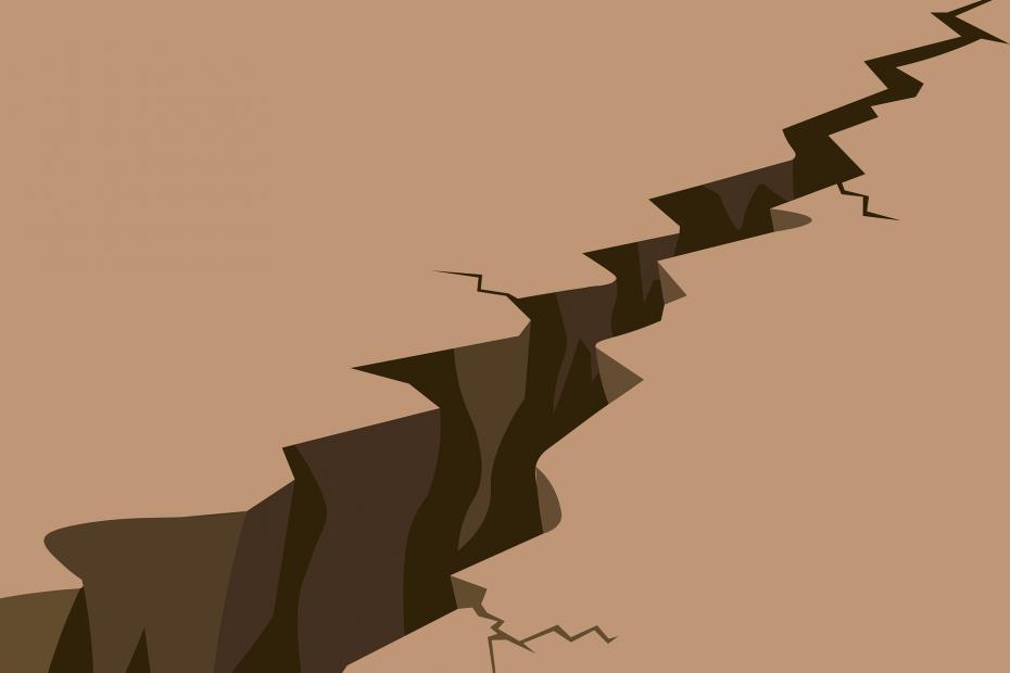 Aardbevingsscheur